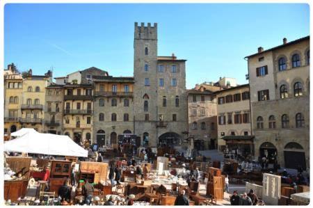 Guida di arezzo informazioni su arezzo visitare for Arezzo antiquariato