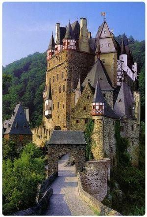 Risultati immagini per La fortezza di Ehrenbreitstein