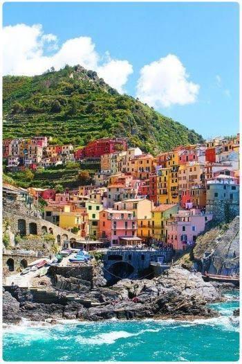 Corniglia: mare, cosa vedere e hotel consigliati - Liguria