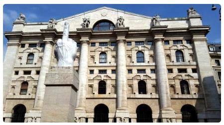 super speciali immagini dettagliate economico in vendita Piazza Affari e Palazzo della Borsa di Milano