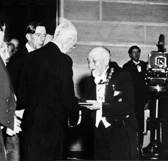 Pirandello alla cerimonia del Nobel
