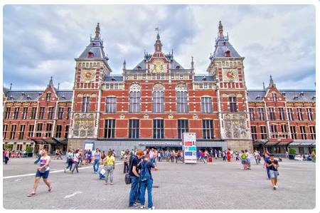 Centraal Station (stazione Centale)